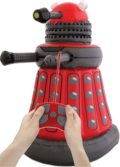 dalek-gonflable-telecommande-docteur-who